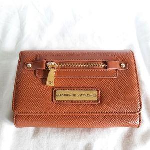 🎁 SALE 3/$40🎁 Adrienne Vittadini wallet